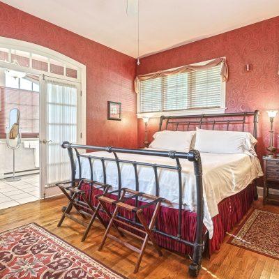 kings-cottage-inn-lancaster-pa-airbnb-073